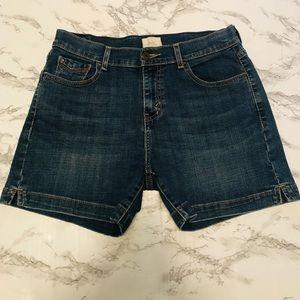 Levi's 515 Jean Shorts size 6